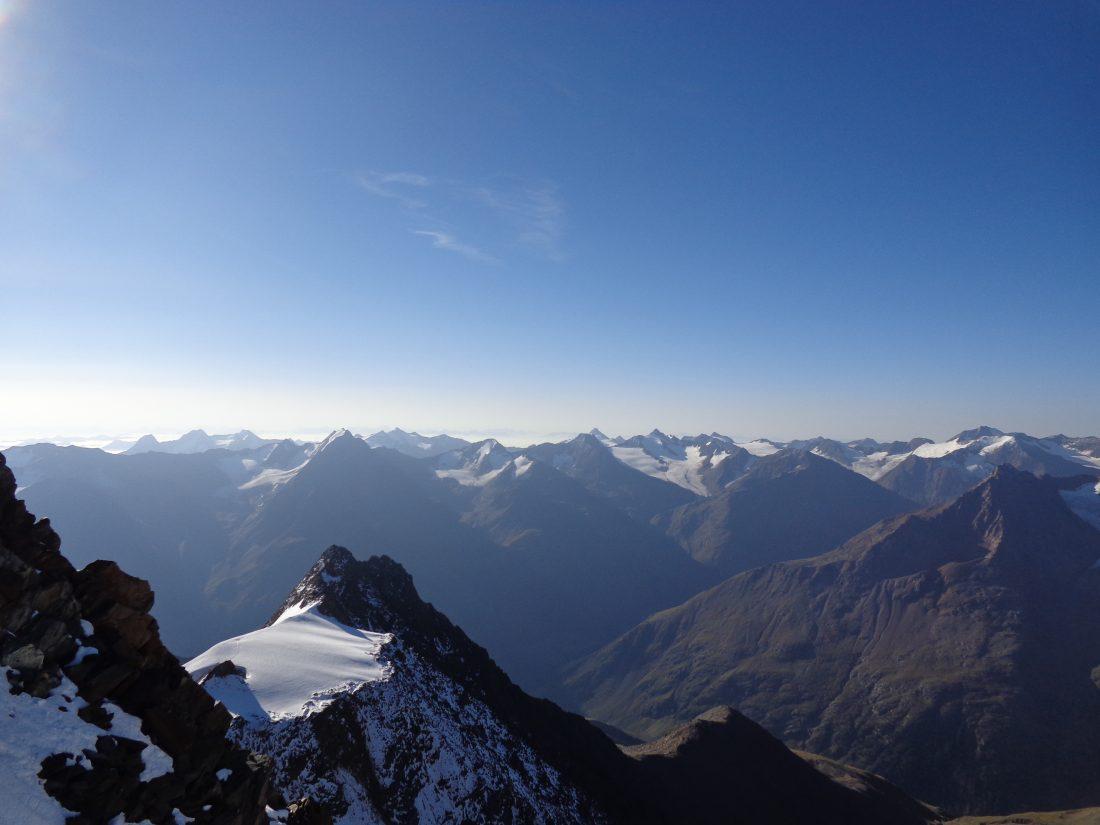 Uitzichtje hoor!! - vanaf de Wildspitze