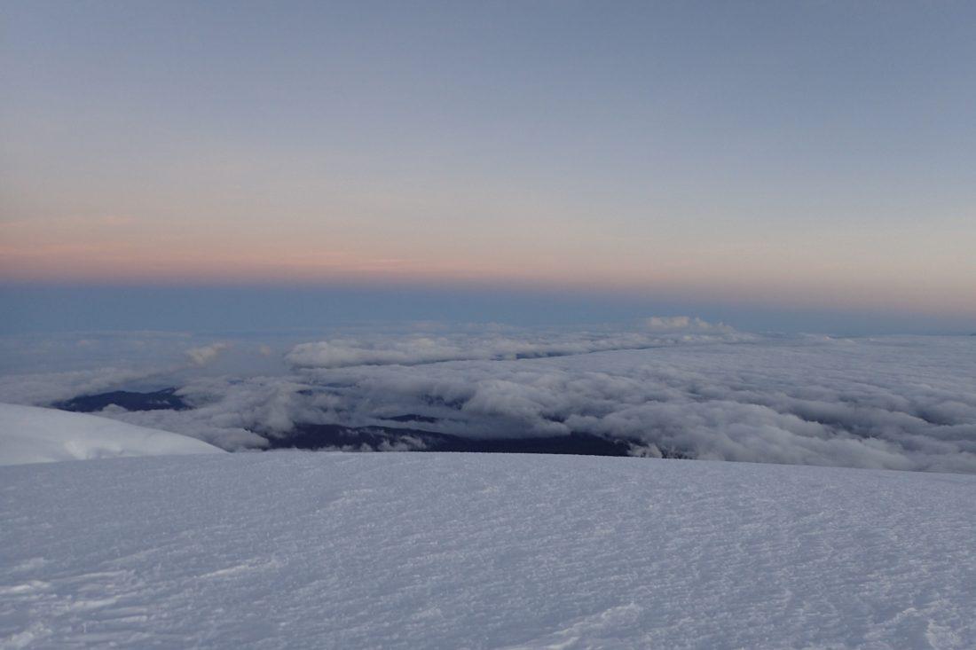 Zonsopkomst op de top van de Whymper - Chimborazo - Beetje warmte was nog nooit zo welkom! - Wanderlotje