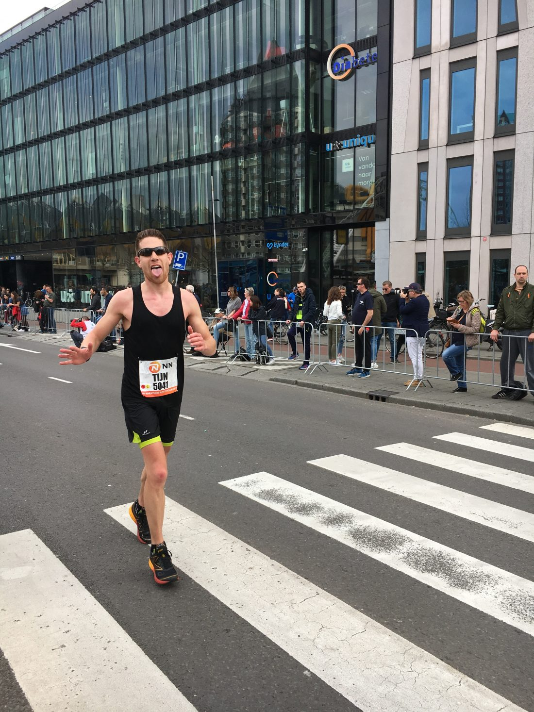 mister charming at 41 km - blaak - marathon rotterdam