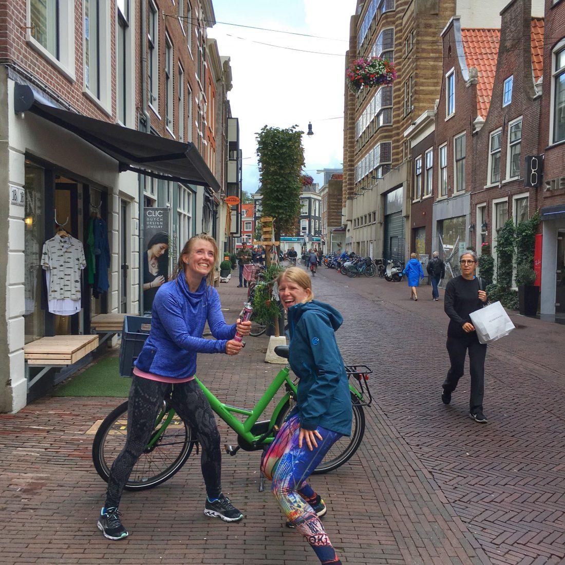 De beste support die iemand kan wensen tijdens een Birthday run - Wanderlotje
