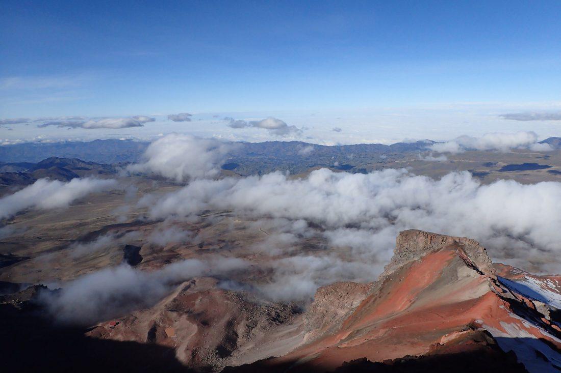 Met daglicht naar beneden maakt al het verschil in de wereld - maanlandschap tot en met - Chimborazo - Wanderlotje